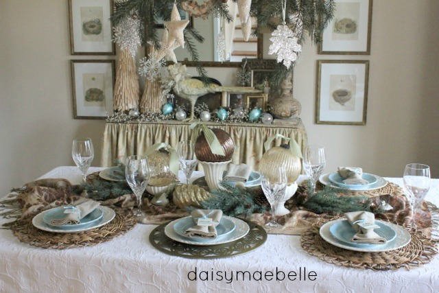 Christmas Table Daisymaebelle