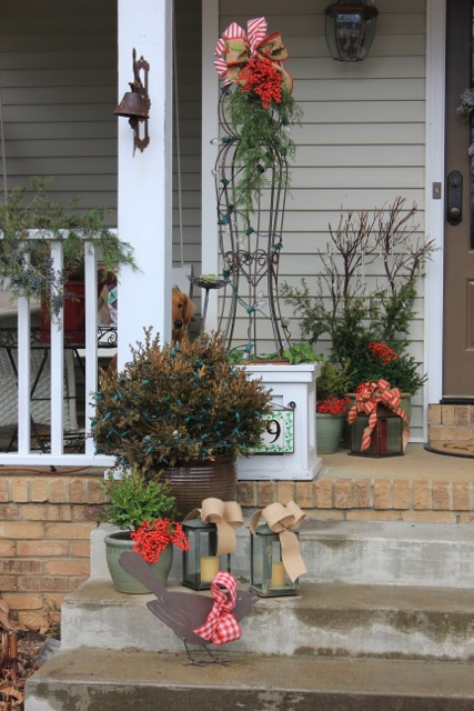 the outdoor decor - Natural Outdoor Christmas Decorations