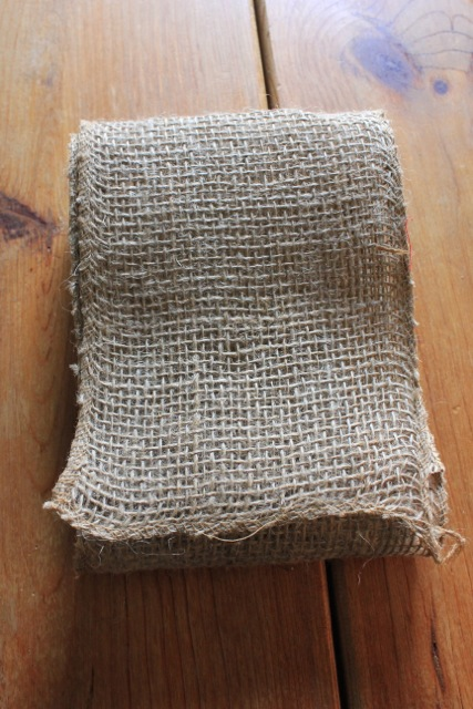 Burlap Flower and Picnic Basket05