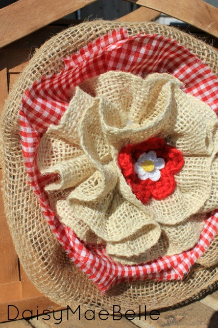 Burlap Flower and Picnic Basket12