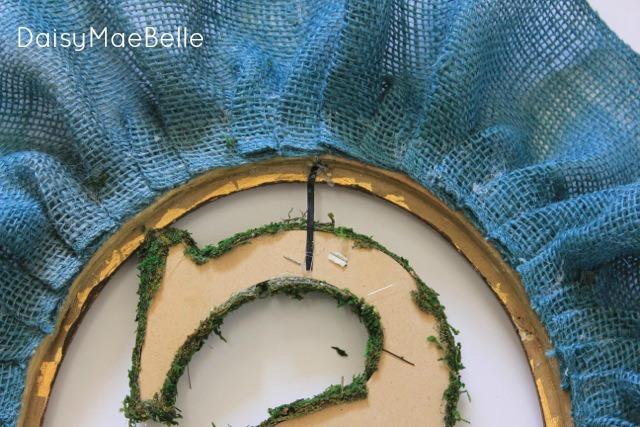 Frame, burlap wreath feb 201316