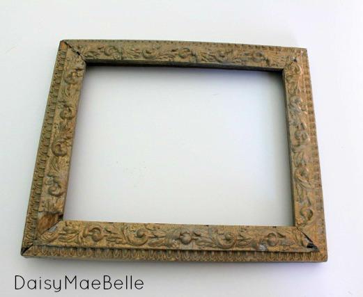 string frame01