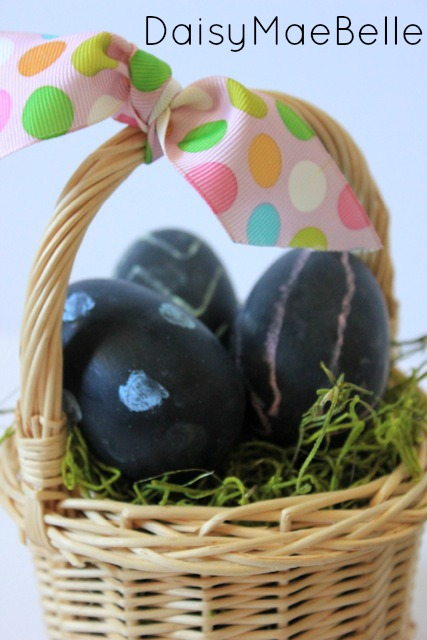 DIY Chalkboard Easter Eggs05