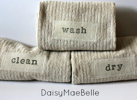 DIY Stamped Hand Towels @ DaisyMaeBelle