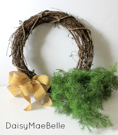 Fern Wreath with Chevron Burlap Bow @ DaisyMaeBelle