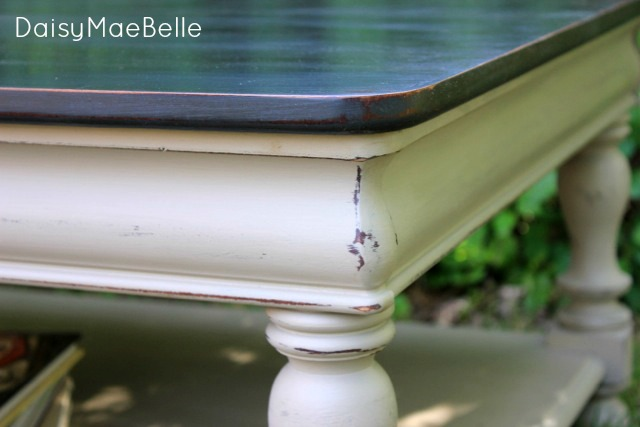 Painted and Distressed Table @ DaisyMaeBelle