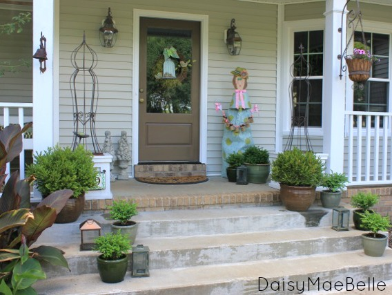 Boxwoods for the Front Porch @ DaisyMaeBelle