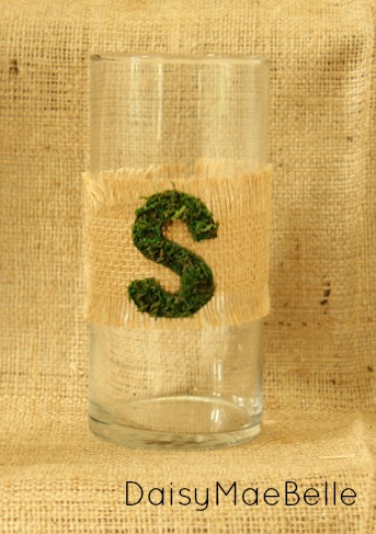 Using Burlap and Moss to Decorate a Glass Vase @ DaisyMaeBelle