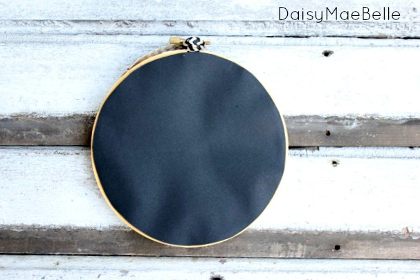 Embroidery Hoop Pin Board @ DaisyMaeBelle