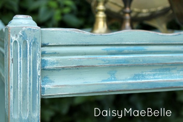 Painting with Milk Paint and Chalk Paint @ DaisyMaeBelle