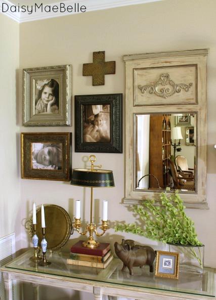 Gallery Wall @ DaisyMaeBelle