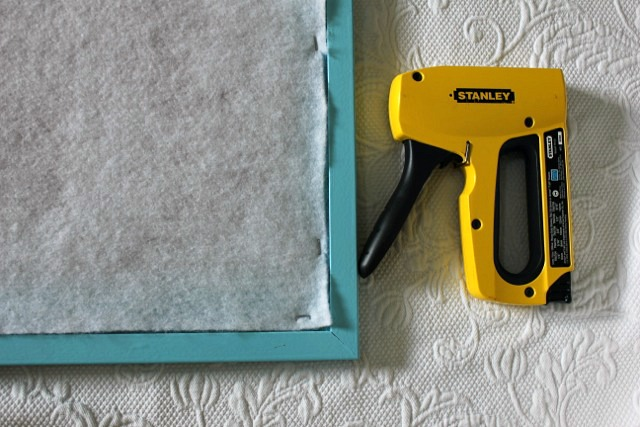 step by step directions for making a pin board
