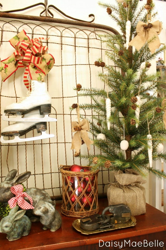 Decorating Ideas > Christmas Home Tour  Daisymaebelle  Daisymaebelle ~ 165708_Christmas Decorations Home Tour
