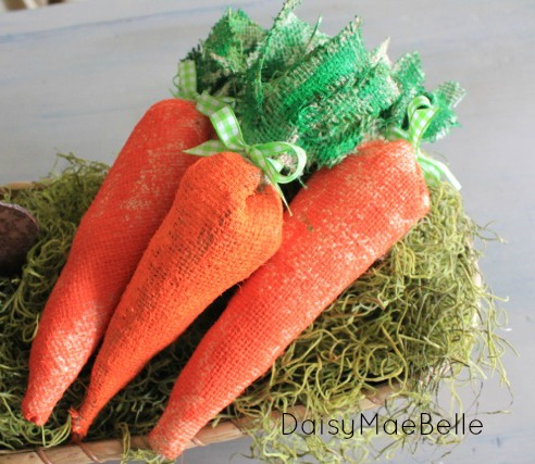 How to make carrots out of burlap