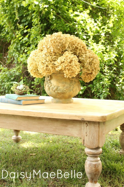 Miss Mustard Seed Milk Painted Table