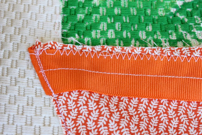 How to make a carrot placemat