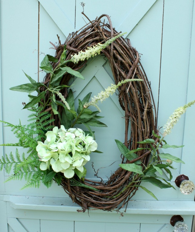 How to Make a Wreath with Hydrangea