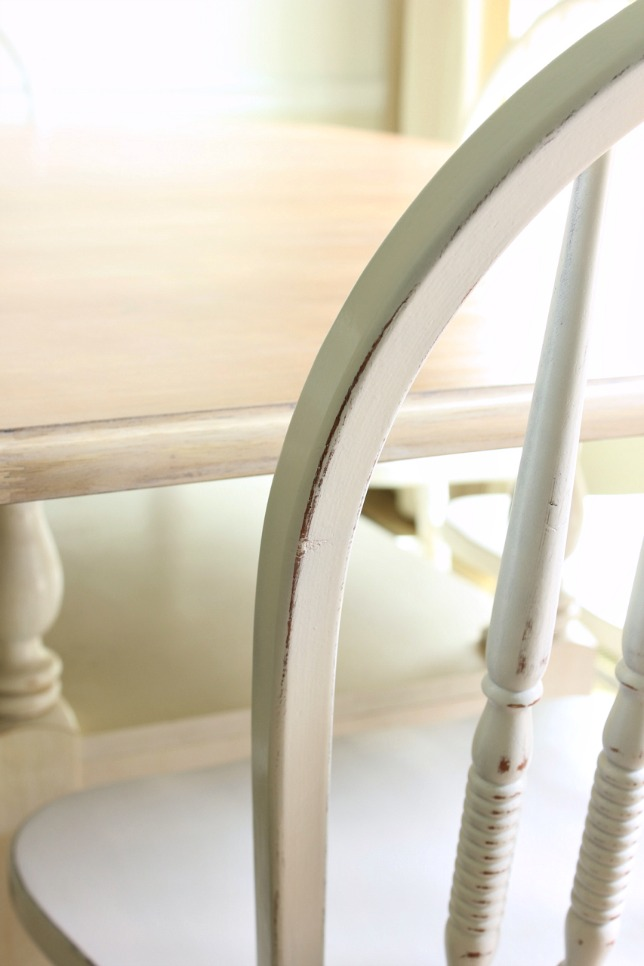 How to Paint Kitchen Chairs