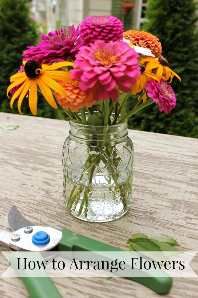 How to Arrange Cut Flowers