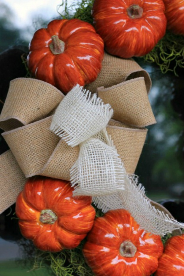How to Make a Pumpkin Wreath