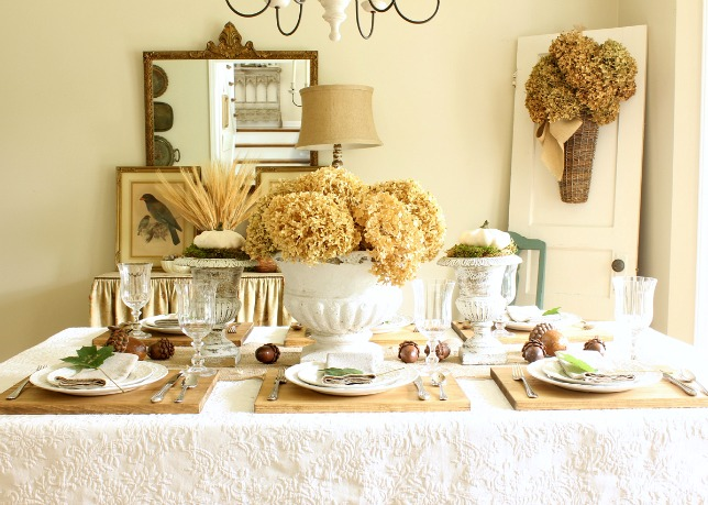setting a fall table