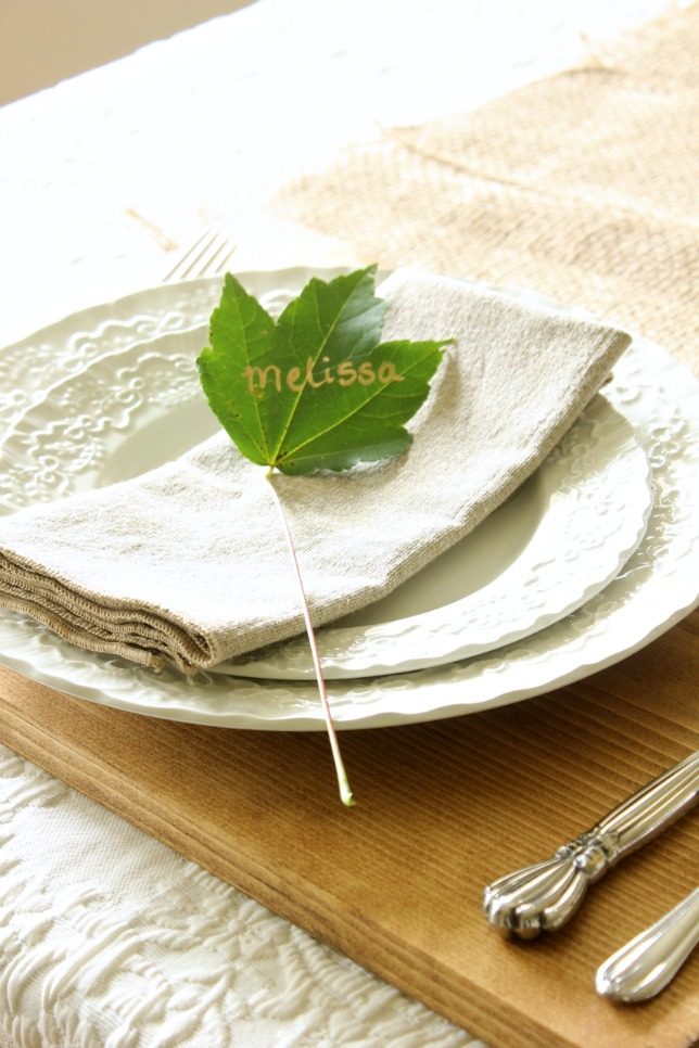 using a leaf for a placecard