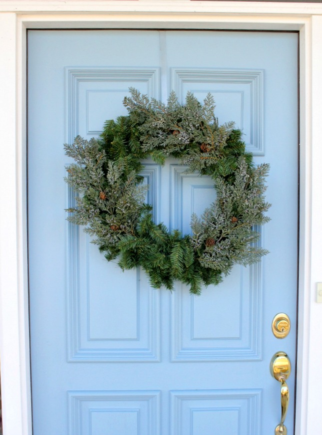 Making an Evergreen Wreath