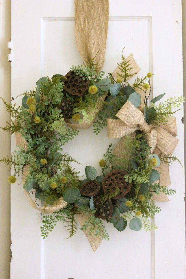 How to Make a Natural Wreath | DaisyMaeBelle | www.DaisyMaeBelle.com
