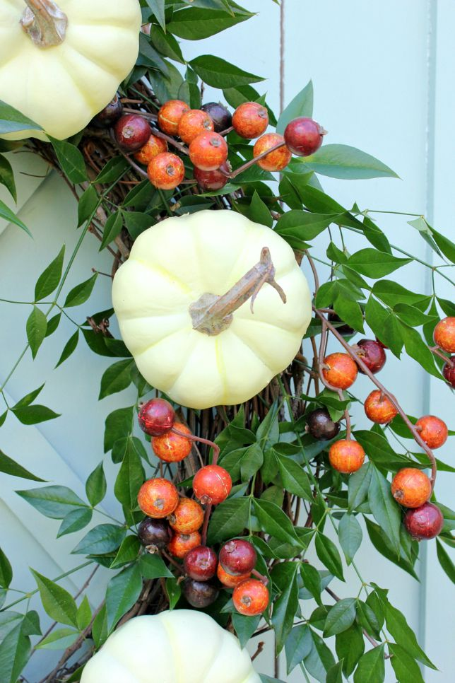 white pumpkin wreath