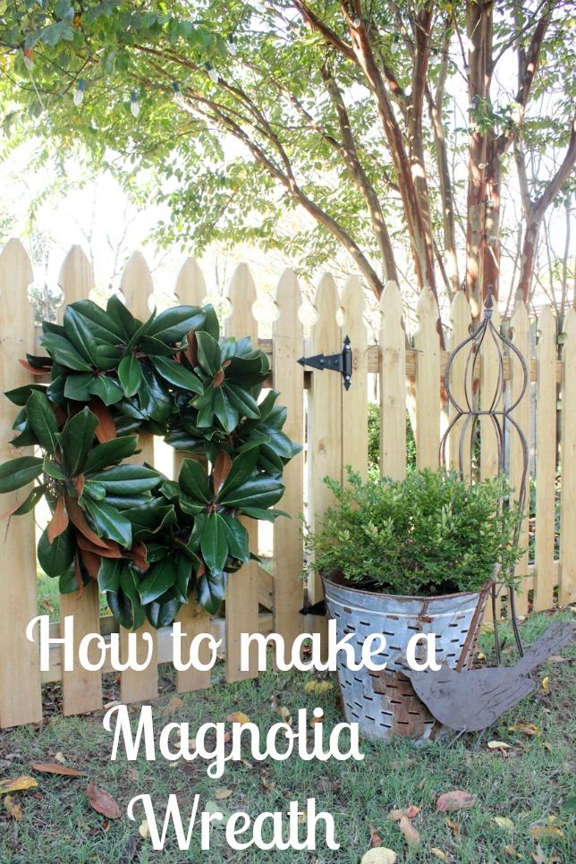 Magnolia Wreaths | DaisyMaeBelle | www.DaisyMaeBelle.com