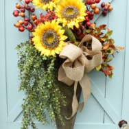 How to Make a Fall Door Arrangement
